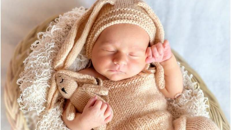 Consistent bedtime routines in infancy improve children's sleep habits through age 2